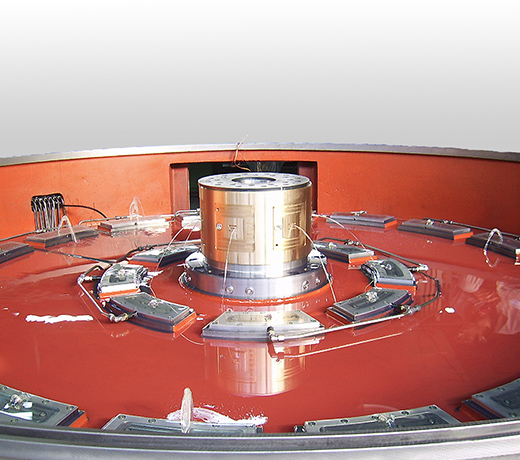 Hydrostatic bearing segments for rotary tables